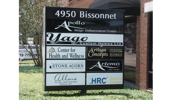PYL002 - Custom Pylon Sign for Property Management